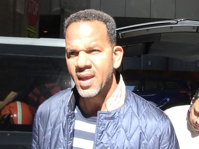 Andre Reed Mentoring Mohamed Sanu ... I'm Helping Him Focus! (VIDEO)