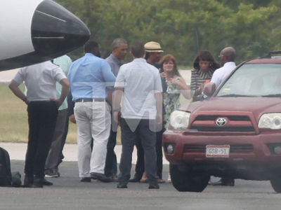 The Obamas' Island Getaway Is Over (PHOTO GALLERY)