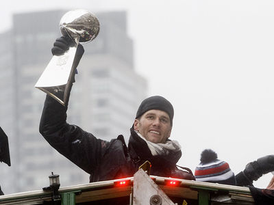New England Patriots Super Bowl Parade ... Stickin' It to Goodell! (PHOTO GALLERY)