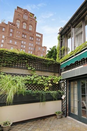 'RHONY' Star Sonja Morgan Lists Her NYC Townhouse Again