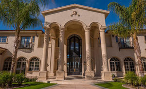Stevie Wonder - Kai Millard Morris -- The Mega Mansion