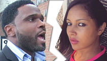 Darius McCrary's Wife Files for Divorce, Fears for Daughter