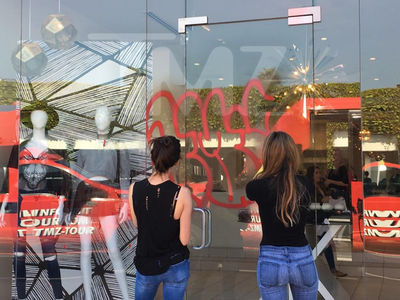 Bad Night for the Kardashians ... DASH Store Vandalized (PHOTOS)