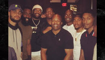 Adrian Peterson Training with Jameis Winston ... Hangin' with Bucs WRs (PHOTOS)