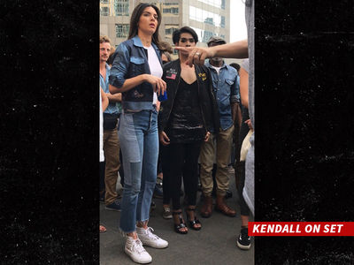 Kendall Jenner Pepsi Ad Outsourced to Thailand (PHOTOS)