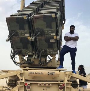 NFL's Delanie Walker Visits Troops on USO Tour