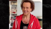 Richard Simmons Returns to Inspiring His Fans (PHOTO)
