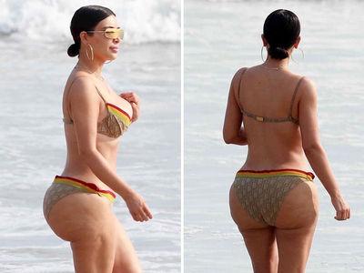 Kim and Kourtney Kardashian Go Bikini Wild (PHOTO GALLERY)