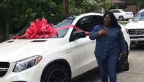 Leonard Fournette Buys Mom New Car, Here's Your Mercedes!