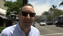 'Veep' Star Tony Hale Says It's a Bummer Viewer Almost Laughed Himself to Death (VIDEO)