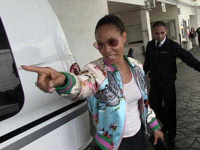 Jada Pinkett Smith Goes After Paparazzi For Scratching Her Car (VIDEO)