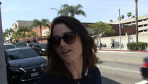 'Mentalist' Star Robin Tunney's Not Looking for Healthcare Tips from Miss USA (VIDEO)