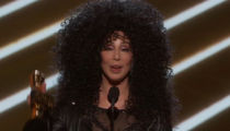 Cher Leaves Trump Out of Billboard Music Awards Speech (VIDEOS)