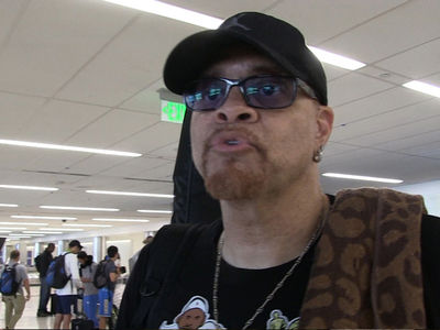 Sinbad Outraged by 'Pill Cosby' Drink at D.C. Bar (VIDEO + PHOTO)