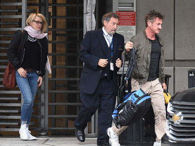 Sean Penn and Robin Wright Back Together (PHOTO + VIDEO)