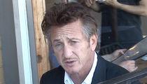Sean Penn Plays Peacemaker in Delta Flight Dispute