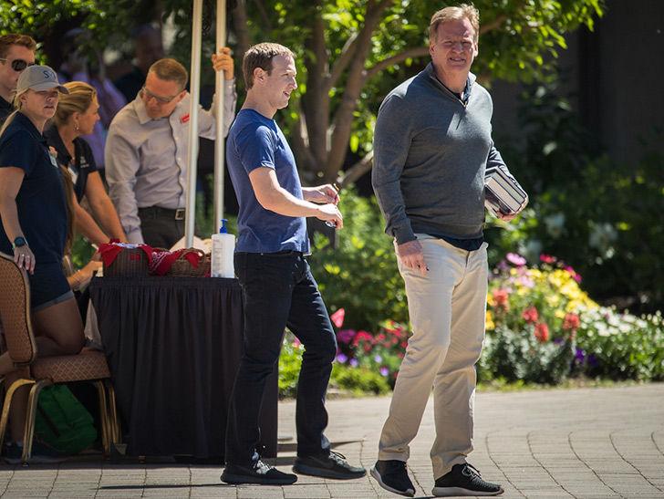 Mark Zuckerberg Big Ballin' With Roger Goodell In Idaho