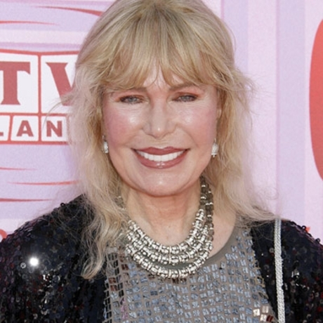 Loretta Swit still has her hot lips.