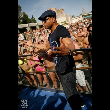 LL Cool J -- Half Naked Pool Party Time