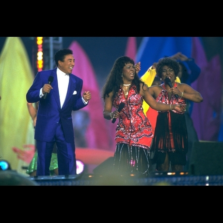 1998 -- Smokey Robinson, Martha Reeves, Boys II Men, The Temptations and Queen Latifah all took the stage for a spectacular show!