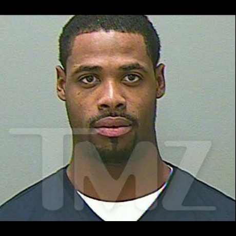 Tennessee Titans wide receiver Kenny Britt was arrested for allegedly trying to run from police.