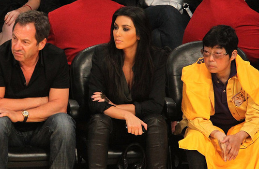 Are Asian lady courtside lakers