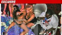 Ke$ha & T-Pain HANDS ON at Vegas Strip Club