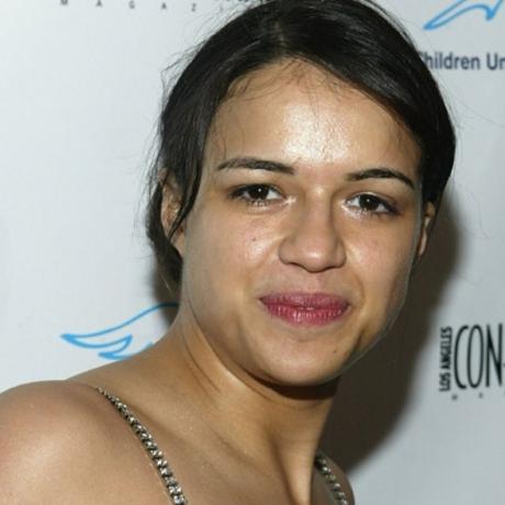 woman who looks like a man