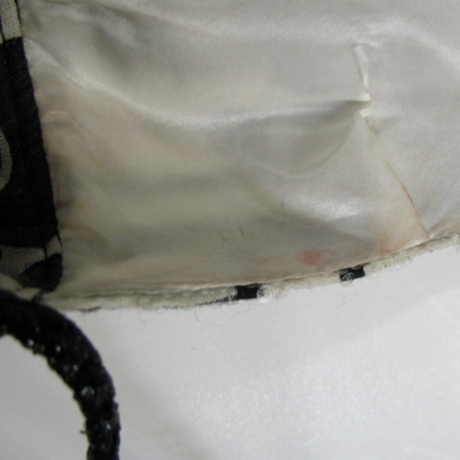 The alleged damage to the dress