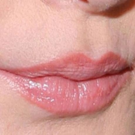 Whose luscious lips?