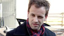 Jonny Lee Miller -- I Fight Crime On and Off Screen!