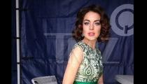 Lindsay Lohan -- Don't I Look Like Liz Taylor? [PHOTO]