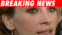 Julia Roberts Finally Pops