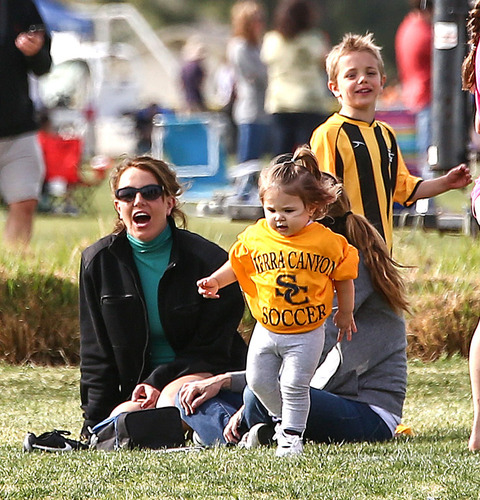 <span>The surprisingly cordial ex-couple got together yesterday in L.A. to cheer on their sons Sean Preston and Jayden James while the boys played soccer ... and everyone had a blast (laughing, smiling, no lawyers).</span>