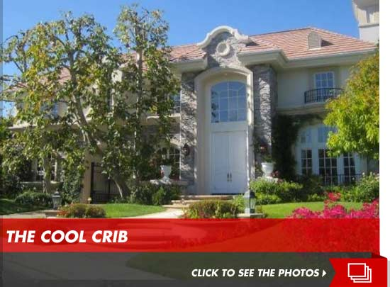 Chris Tucker Makes Bank On L A Mansion