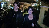 Kris Jenner -- Smiles Through Split ... While Bruce Rages On