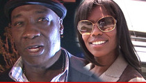 Michael Clarke Duncan -- Family Fight Over Unmarked Tomb
