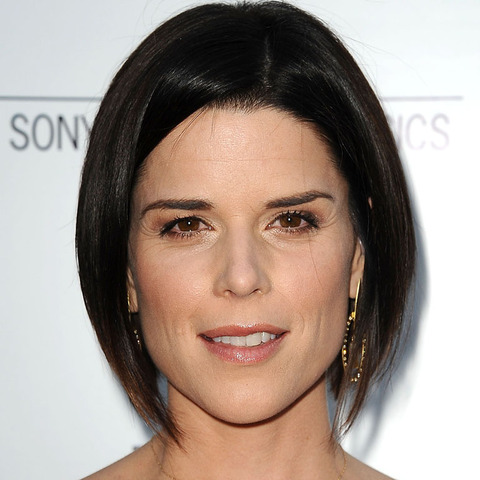 Neve Campbell!