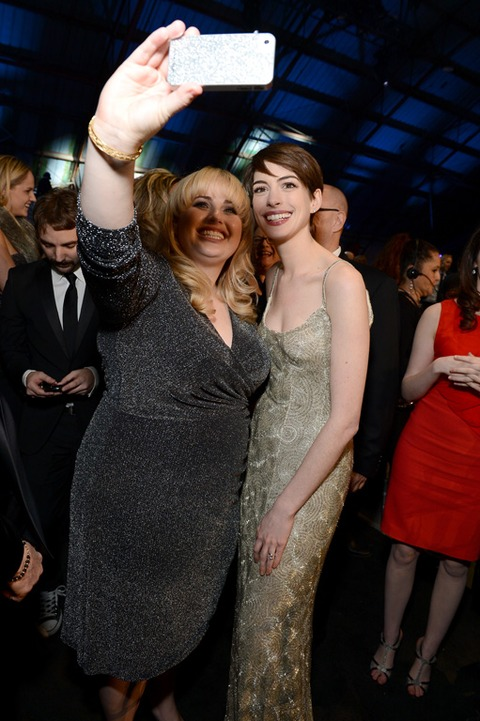 Rebel Wilson and Anne Hathaway snapped a cute one!