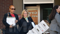 Da Brat Trial Derailed by Fraudulent Juror -- You're NOT A U.S. Citizen