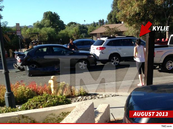 Kylie Jenners Rear End Gets Her Sued