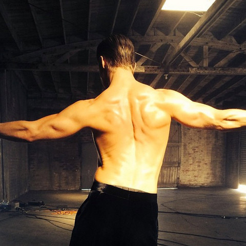 Guess the man behind these mega muscles!