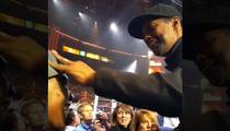 Denzel Washington -- Gives Props to Paralyzed Boxer ... At NBC Fight Night