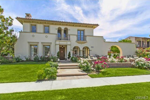 Shanna Moakler's Mansion -- For $ale!