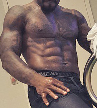 Guess the shredded NFL player!