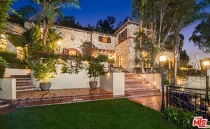 Melanie Griffith's New Villa Rental