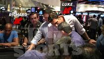 Richard Jefferson & Luke Walton -- Stacking Chips on Vegas Craps Tables