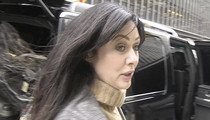 Shannen Doherty -- Sues Business Manager ... My Breast Cancer is Your Fault