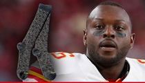 Ex-Kansas City Chief Sanders Commings -- I Might Be Hurtin' ... But My Socks Are 24 Karat Gold!