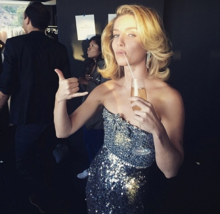 Annabelle Wallis Instagram Snaps Photo 1 Tmzcom
